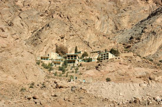 Pir-e Sabz Chak Chak : Chak Chak: fire temple complex