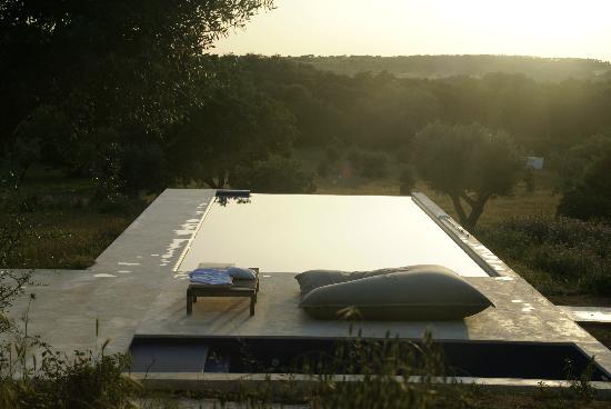 Villa Extramuros : La piscine au coucher du soleil