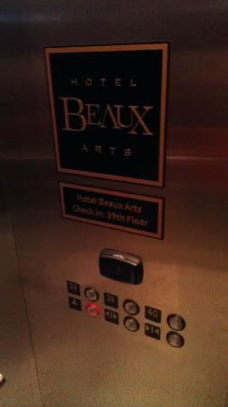 Hotel Beaux Arts Miami: Boutique hotel floors in elevator