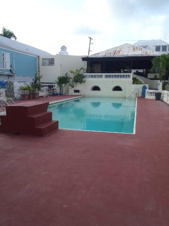 Club Comanche: pool