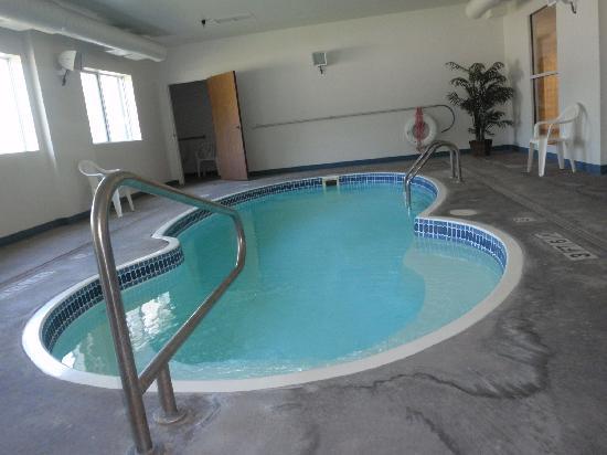 Motel 6 Hot Springs: Indoor Heated Pool