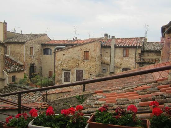 Hotel L'Antico Pozzo: panorama della camera