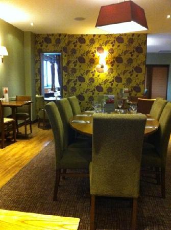 Premier Inn London Hanger Lane Hotel: the restaurant!