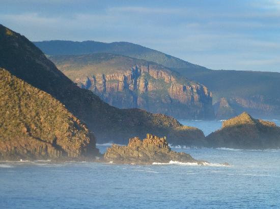 Hotel Bruny : Bruny has it all..rugged coastline