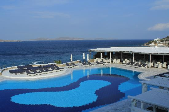 Mykonos Grand Hotel & Resort: Pool
