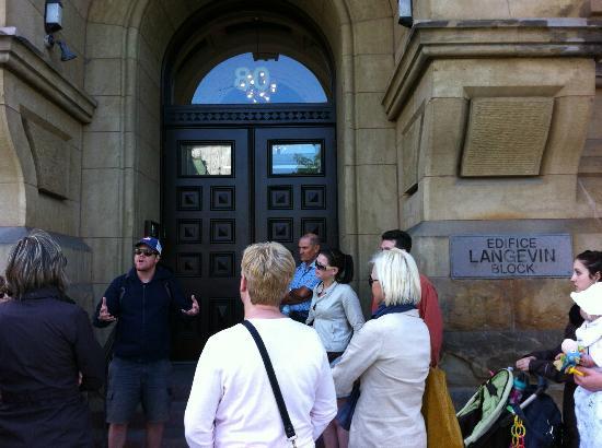 Ottawa Walking Tours: Edifice Langevin Block
