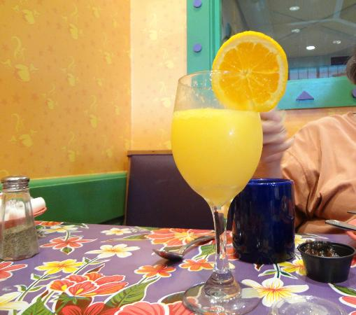 The Flying Biscuit Cafe: Ah, my mimosa