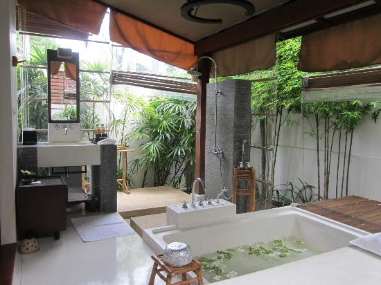 SALA Samui Resort And Spa: baño habitacion
