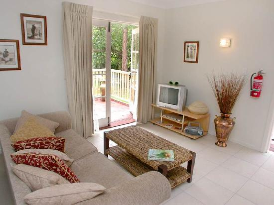 Poppies Bed & Breakfast: Madeleine Room