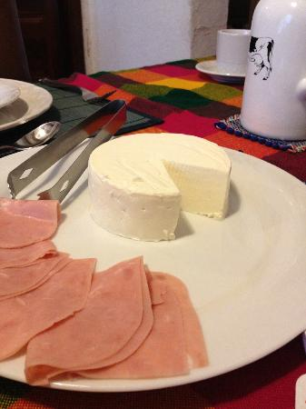 Condesa Haus: Fresh panela cheese and ham
