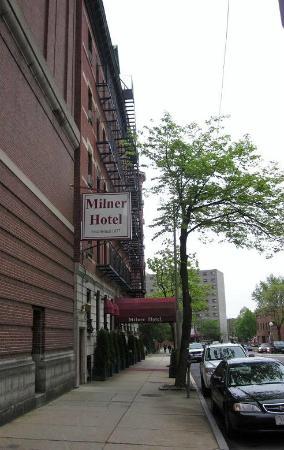 Milner Hotel: ホテル外観