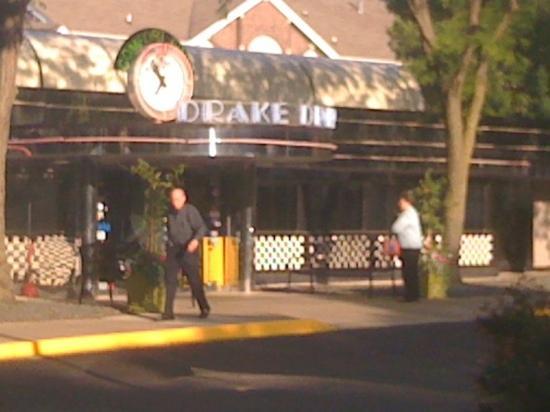 Drake Diner: front