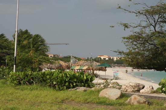 Eagle Beach 1