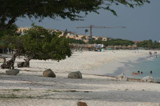 Eagle Beach 2