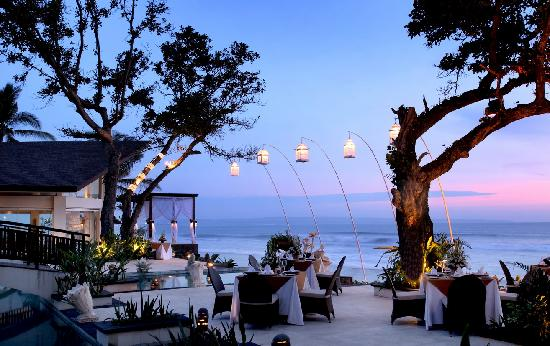 The Seminyak Beach Resort & Spa: Sanje Sunset Lounge