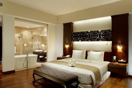 The Seminyak Beach Resort & Spa : The Room Garden Wing
