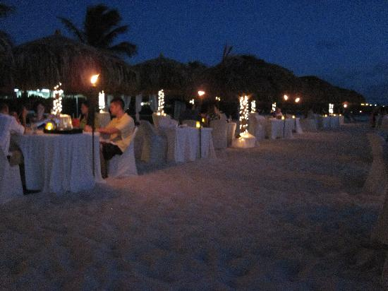 Passions on the Beach: beach dining