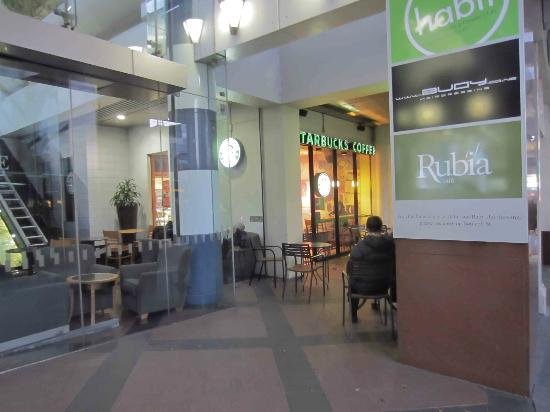 Starbucks at The Majestic Centre : Outside seating