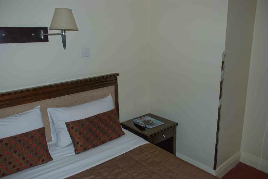 Trinity Hotel: Decent room