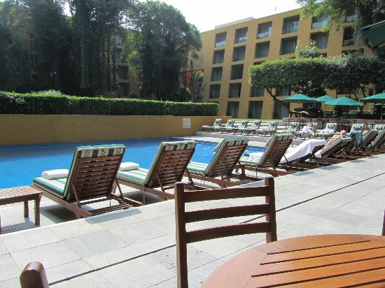 Camino Real Mexico City: pool and courtyard