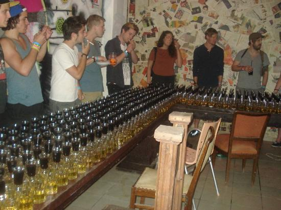 Carpe Noctem Hostel: JAGER TRAIN !!!