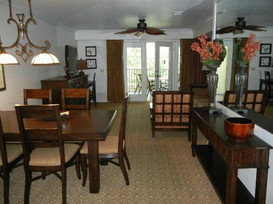 Sheraton Vistana Resort Villas  Lake Buena Vista: Dining Room/Living Room  Combo (