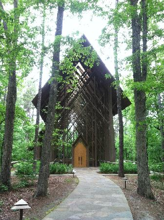 Catherine's Landing, an RVC Outdoor Destination: garvin gardens glass chapel - just a few miles away