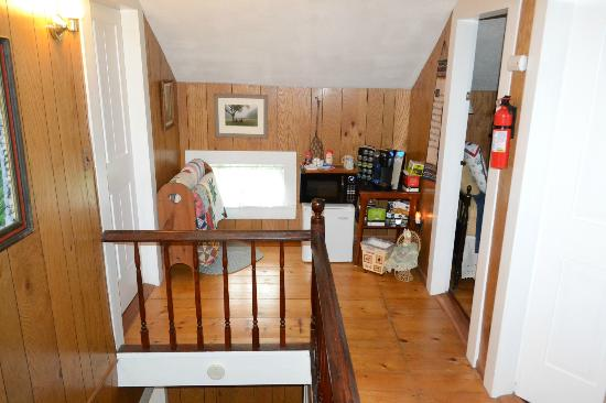 Adirondack Pines B&B and Vacation Rentals: Hallway with treats outside of our bedroom.