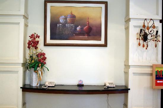 The Ecotel Bangkok: lobby