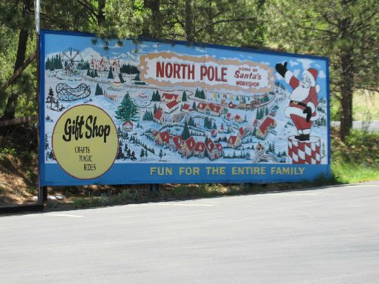 North Pole - Santa's Workshop: Entrance sign