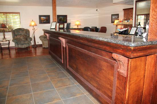 BEST WESTERN Trailside Inn: Lobby
