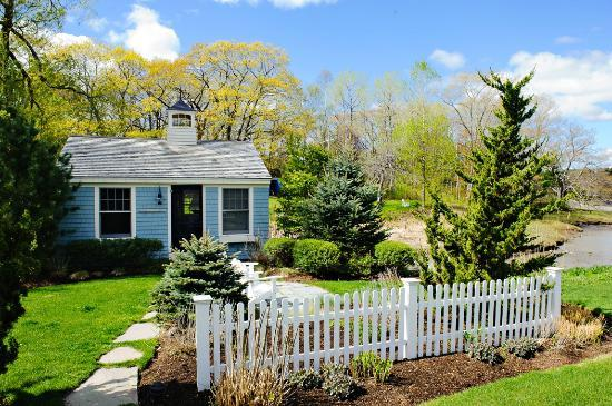 float in picture of the cottages at cabot cove kennebunkport tripadvisor. Black Bedroom Furniture Sets. Home Design Ideas