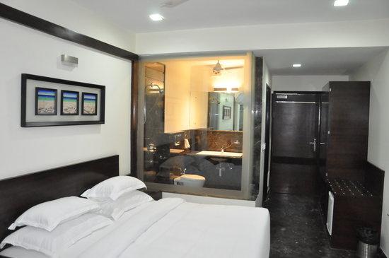 Hotel Metropolitan: Room