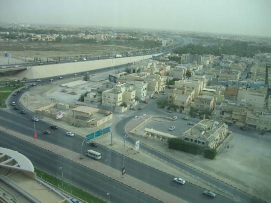 Fraser Suites Seef Bahrain: Highway view