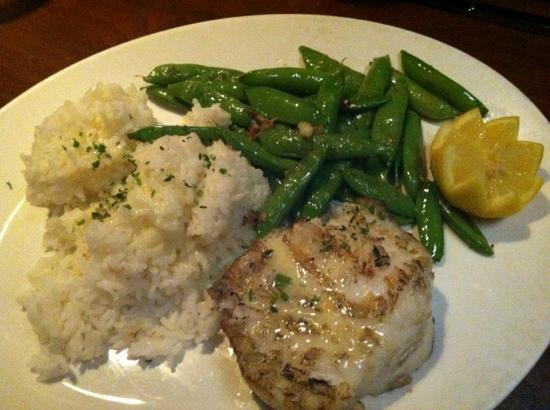 Nick's San Clemente: chilean sea bass rice n snap peas. ohhhh perfect!!!! perfectly grilled!  fresh snap peas. in hea