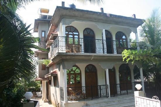 Pande Residency