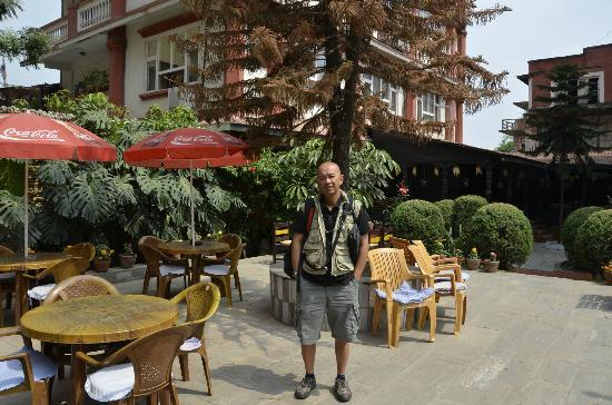 Hotel Encounter Nepal: garden place