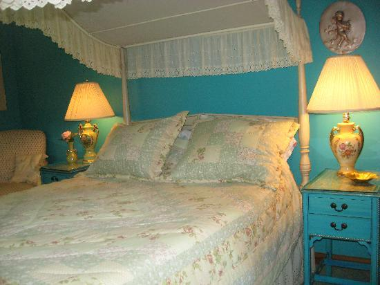 Blue Haven Guest House: French room