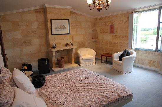 Chateau Julie: room