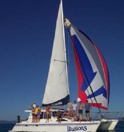 Blue Pearl Bay Snorkeling Adventure: Illusions