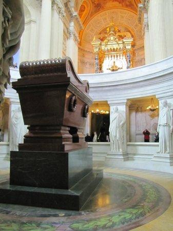 Museo de la Armada: tumba de Napoleón