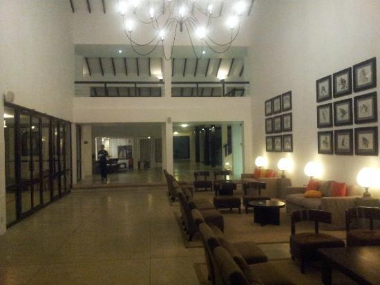AVANI Bentota Resort & Spa: Lobby