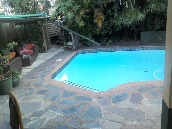 Botany Bay Lodge: pool