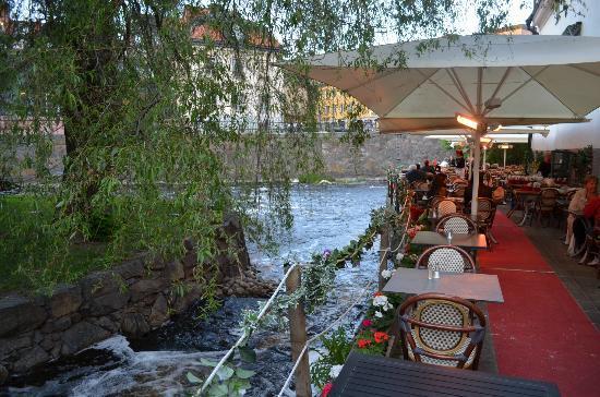 Uppsala, Sverige: Tzatziki - outside terrace. May '12