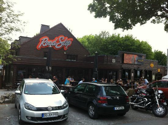 Road Stop - Dortmund : von außen