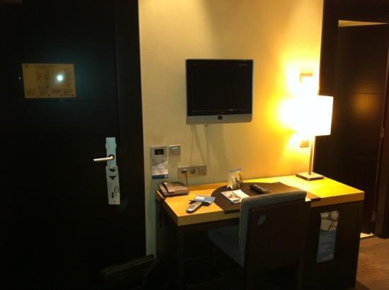 NH Madrid Lagasca: NH Lagasca - Room Desk