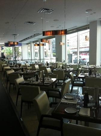 Le Meridien Chambers Minneapolis: D'Amico Kitchen