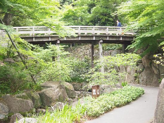 Tokugawa Garden : 都会の中に深山