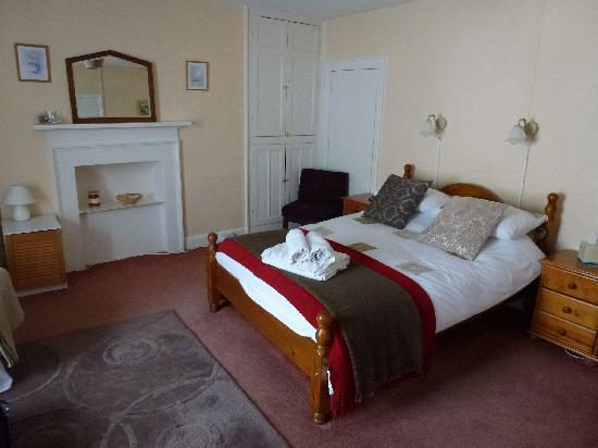 The Star Inn: bedroom