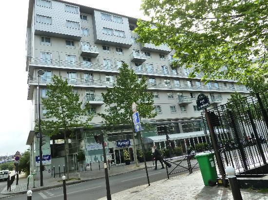 Kyriad Hotel Paris Bercy Village: Nesta da uma visão melhor do hotel